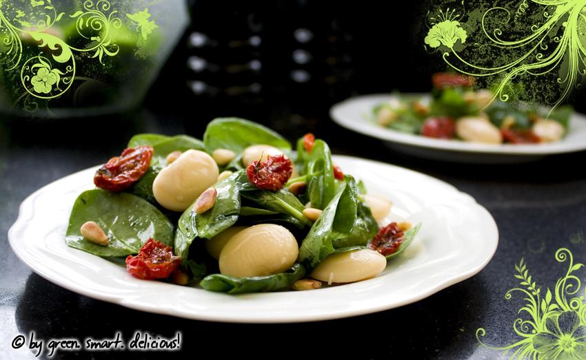 bohnen spinat salat mit getrockneten tomaten green smart delicious. Black Bedroom Furniture Sets. Home Design Ideas