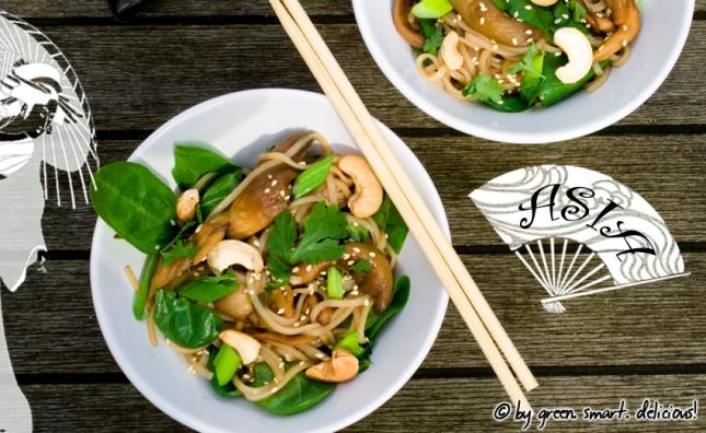 Asia-Nudelsalat mit Sesam-Austernpilzen
